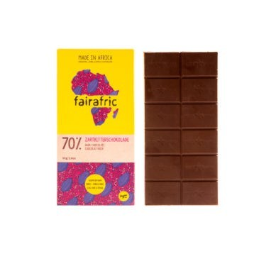 8 bars of 70% organic Dark Chocolate